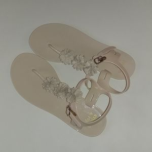 Crown and Ivy thong sandals